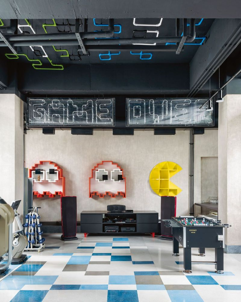 Get The Look Of This Colorful Luxury Home Inspired By Pop Art 19