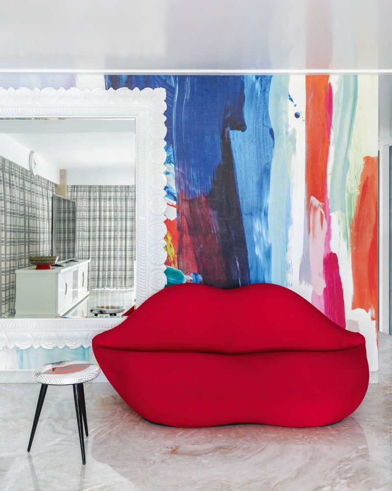 Get The Look Of This Colorful Luxury Home Inspired By Pop Art 9
