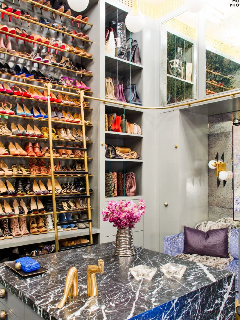 Walk-In Closets Of Your Dreams: Intimate and Elegant Spaces For You   Walk In Closets Of Your Dreams Intimate and Elegant Spaces For You 2