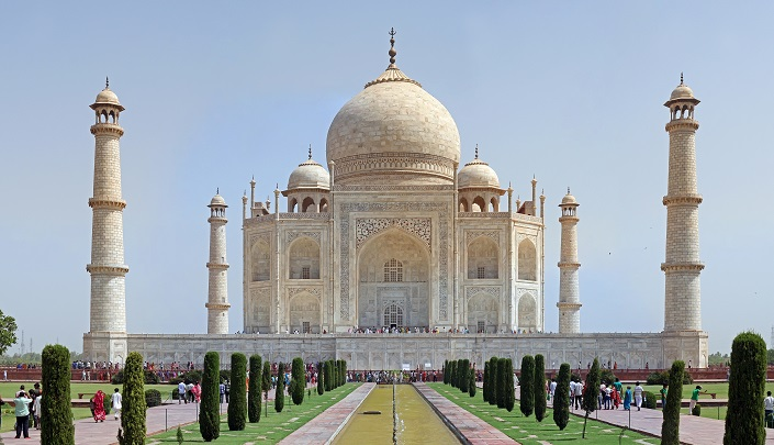 Iconic Buildings, See Before you Die, best design events, buckingham palace, burj khalifa, city guide, colosseum, empire state building   20 most famous and iconic buildings to see before you die 09 taj mahal india