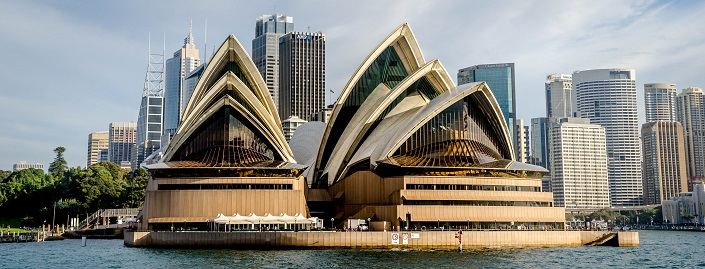 Iconic Buildings, See Before you Die, best design events, buckingham palace, burj khalifa, city guide, colosseum, empire state building   20 most famous and iconic buildings to see before you die 11 sydney opera house