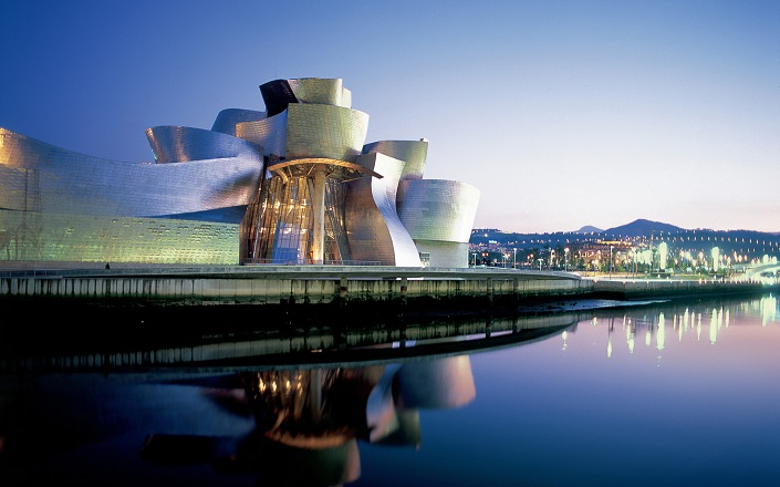 Iconic Buildings, See Before you Die, best design events, buckingham palace, burj khalifa, city guide, colosseum, empire state building   20 most famous and iconic buildings to see before you die 17 guggenheim museum bilbao