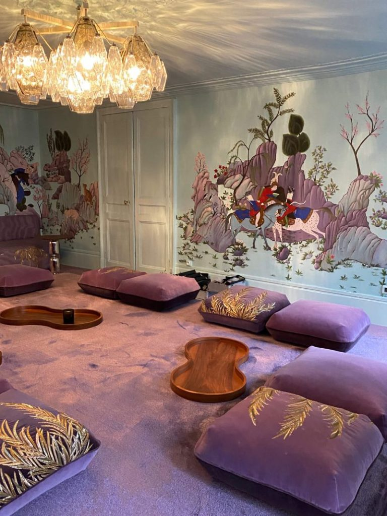 India Mahdavi and De Gournay - An Utterly Sophisticated Collaboration IndiaMahdavi and DeGournay An Utterly Sophisticated Collaboration 10 768x1024
