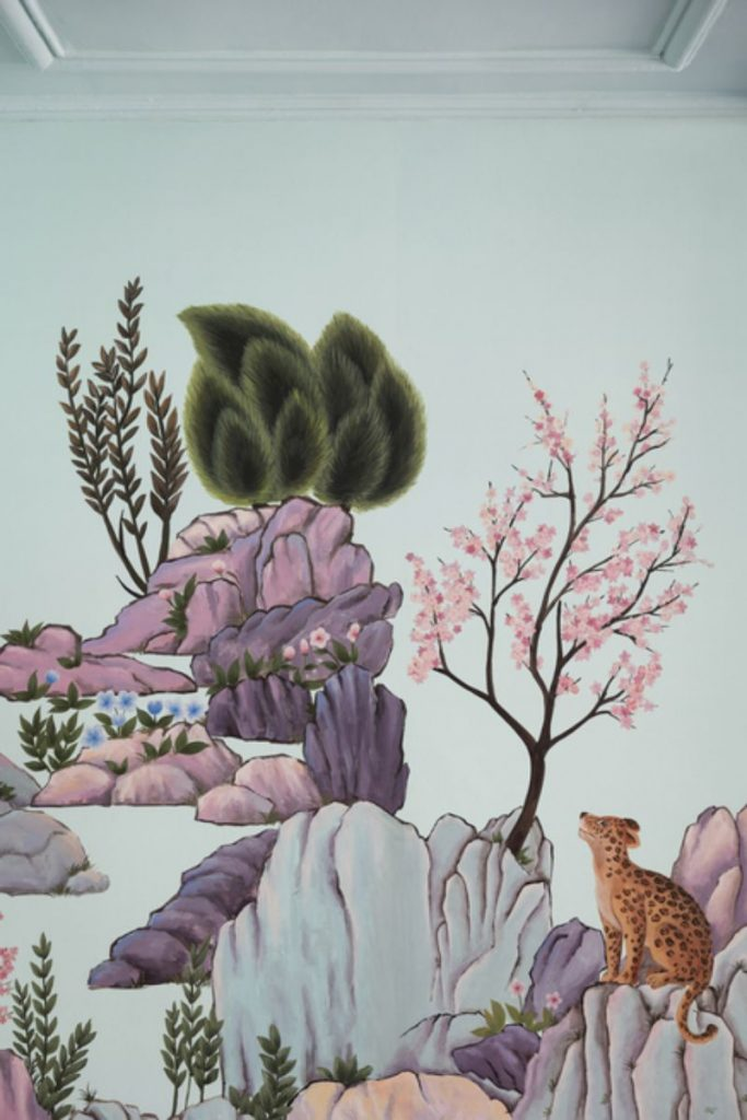 India Mahdavi and De Gournay - An Utterly Sophisticated Collaboration IndiaMahdavi and DeGournay An Utterly Sophisticated Collaboration 7 683x1024