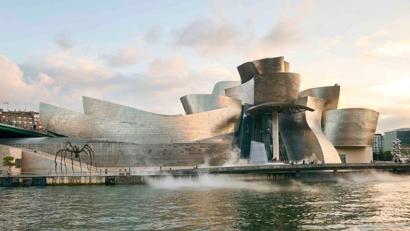 The Best Architects Of All Time And Their Iconic Creations el edificio guggenheim bilbao 1