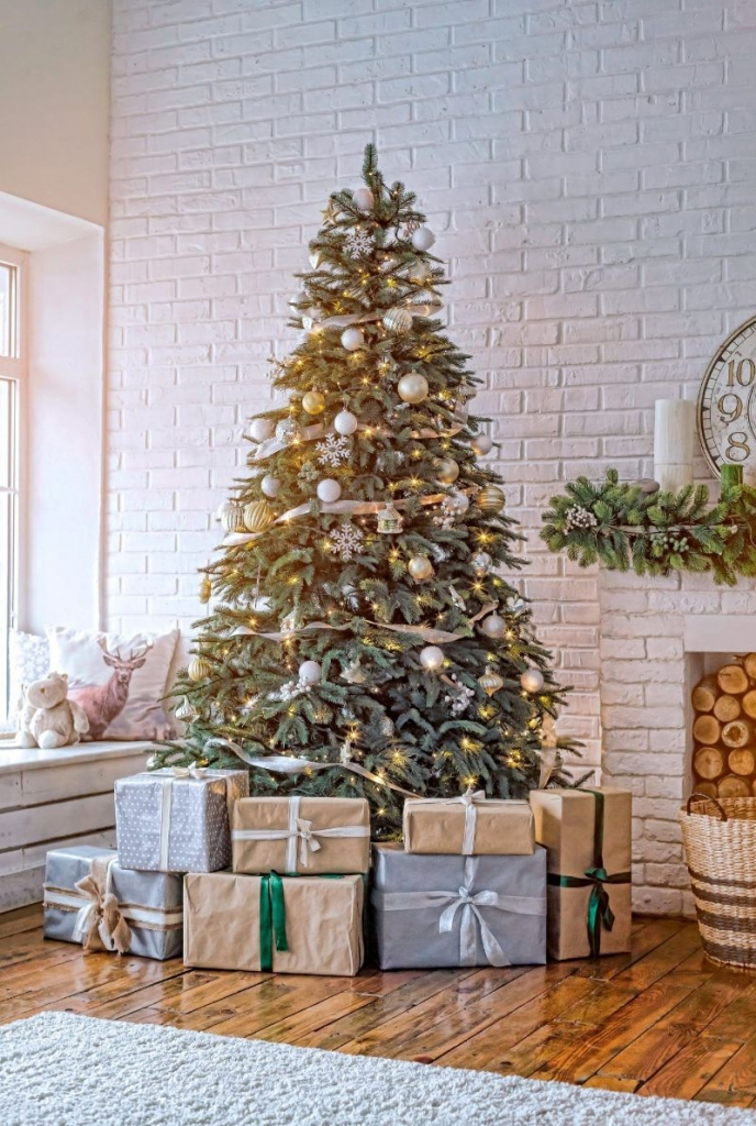 The Jolliest Interior Design Ideas For A Splendid Holidays Season   The Jolliest Interior Design Ideas For A Splendid Holidays Season 7 688x1024