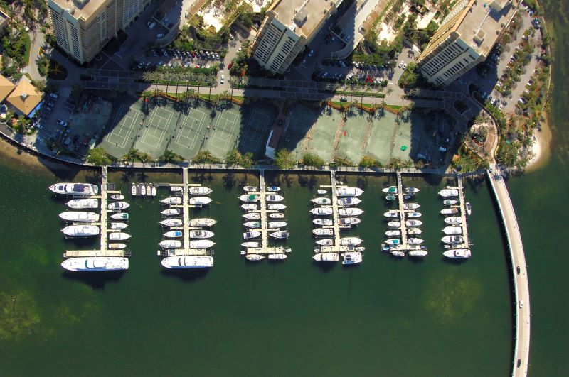 Luxury Yachts By The Sea - Where You Should Keep Your Yacht In Miami   grove island